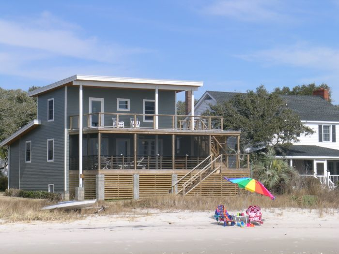 Devon tolson architecture shearin beach house for Beach house construction cost